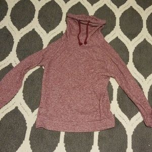 Sweaters - Maroon and white speckled sweatshirt
